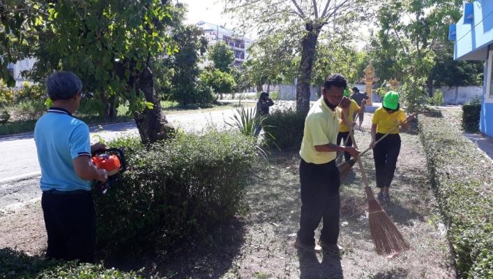 สทภ. 7 จัดกิจกรรม 5 ส ร่วมกันทำความสะอาดและปรับปรุงภูมิทัศน์บริเวณรอบอาคารสำนักงานฯ